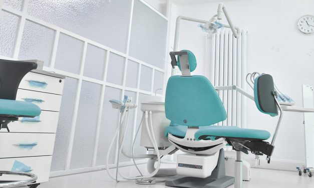 10 Recommended Specialists For Dentures and Implants In Texas